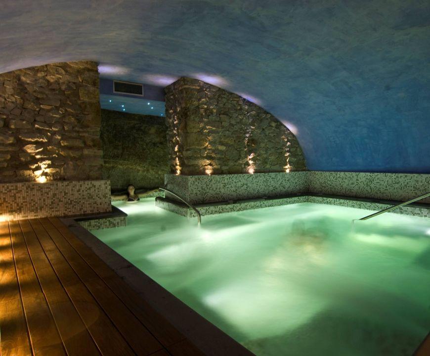 Piscina spa Grand Hotel Villa Tuscolana