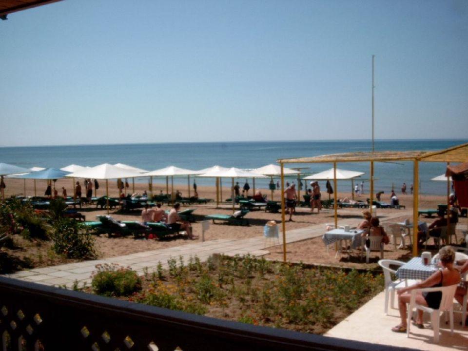 Strand vom Hotel Nergos Garden Hotel