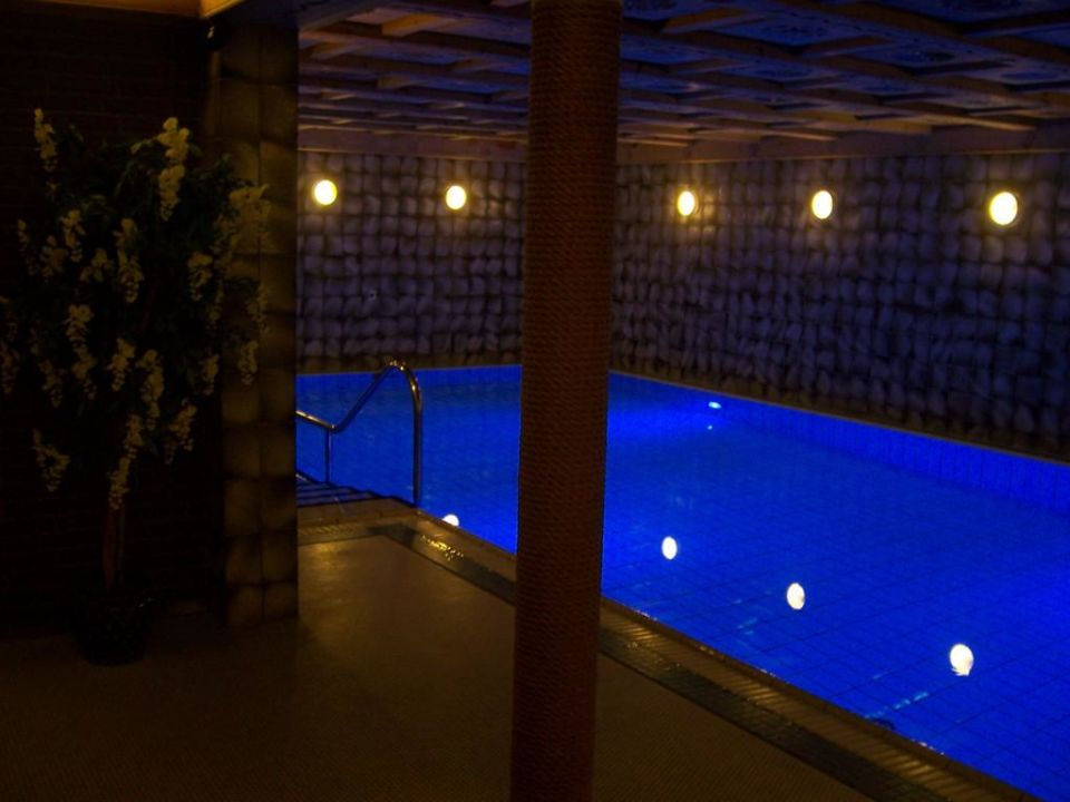 schwimmbad im keller vitalhotel weisse d ne wittd n amrum holidaycheck schleswig. Black Bedroom Furniture Sets. Home Design Ideas