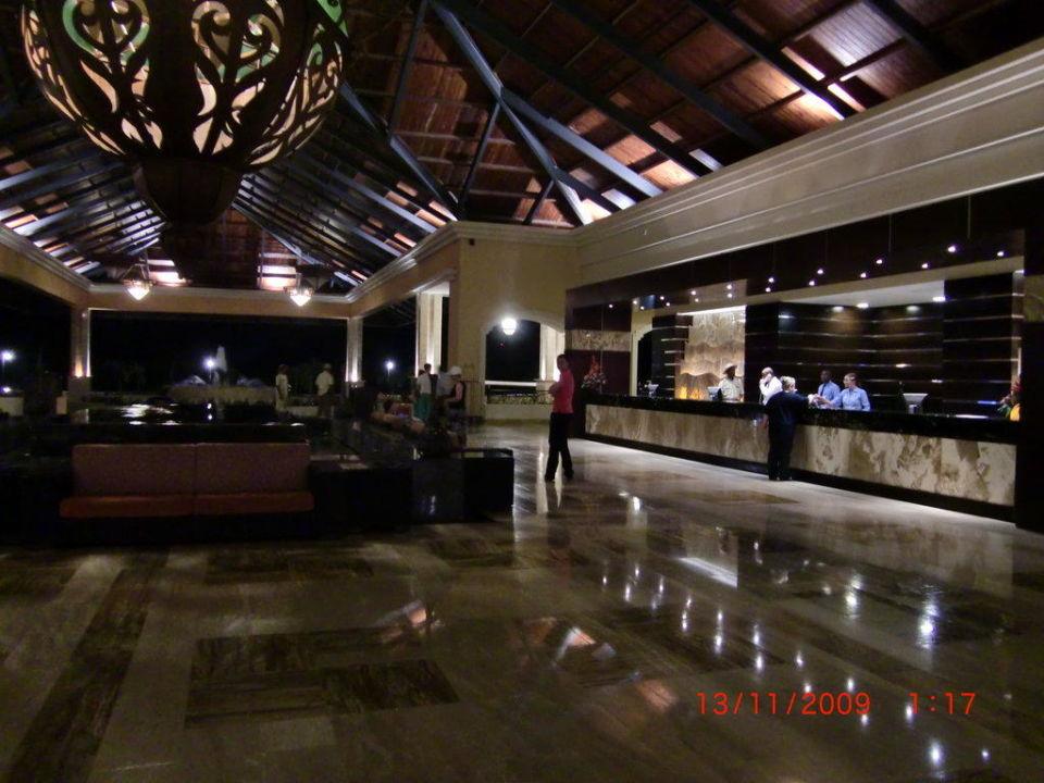 Hotellobby Majestic Elegance Punta Cana Resort