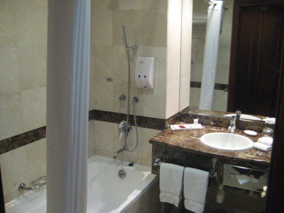 Bad Hotel Royal Ascot