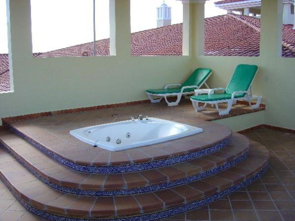 Jacuzzy auf dem Zimmer der Sweet Hotel Riu Palace Mexico