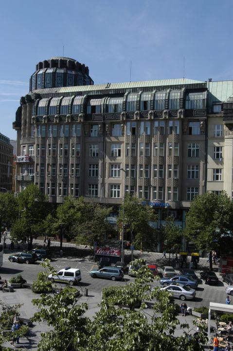 Außenansicht EA hotel Rokoko