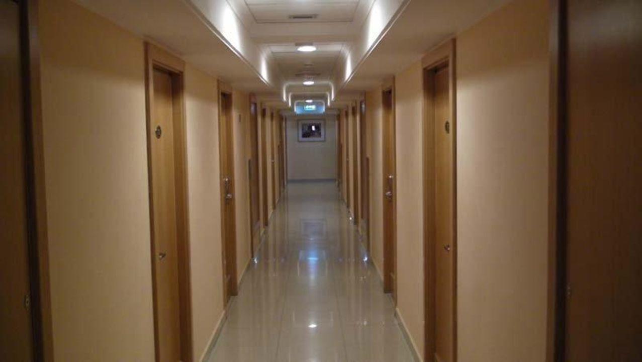 Flur in der 7. Etage be.HOTEL