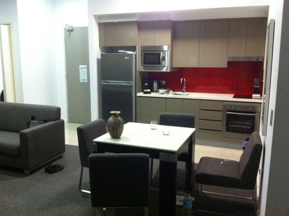 Küche und Essbereich\