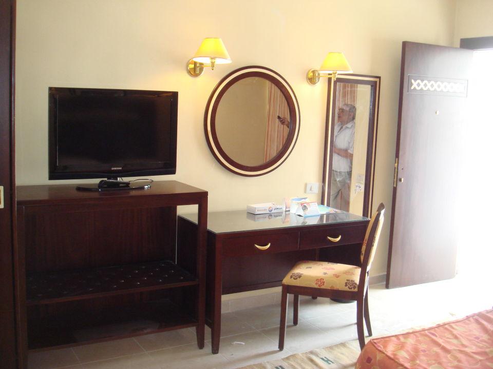 Bild superior zimmer schreibtisch zu hotel menaville for Schreibtisch 1 50 m