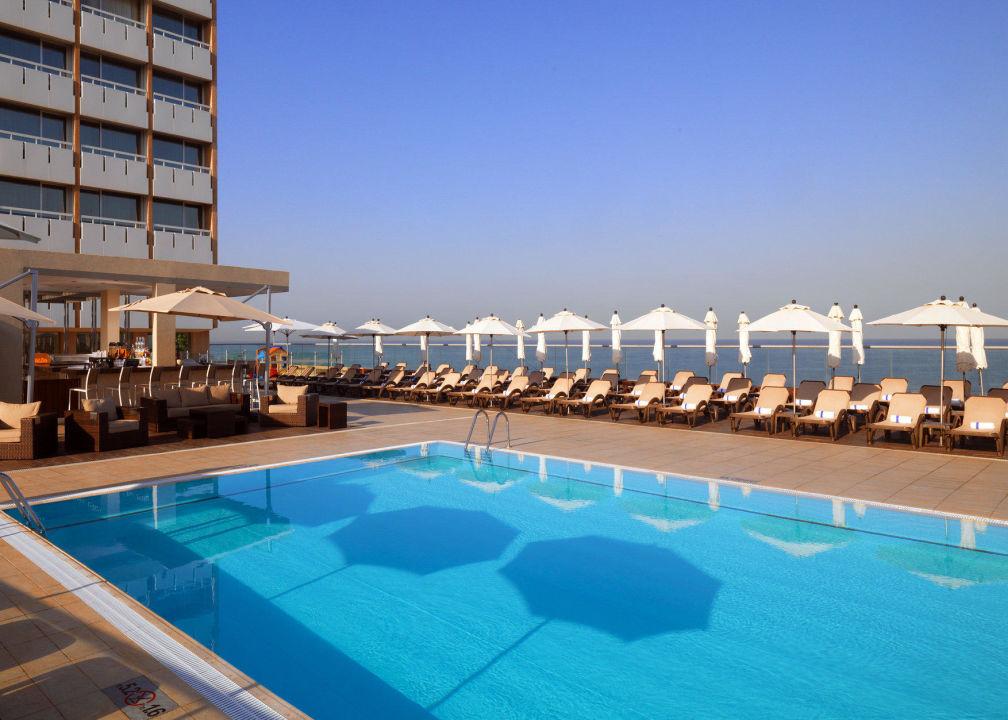 Swimming Pool Sheraton Tel Aviv