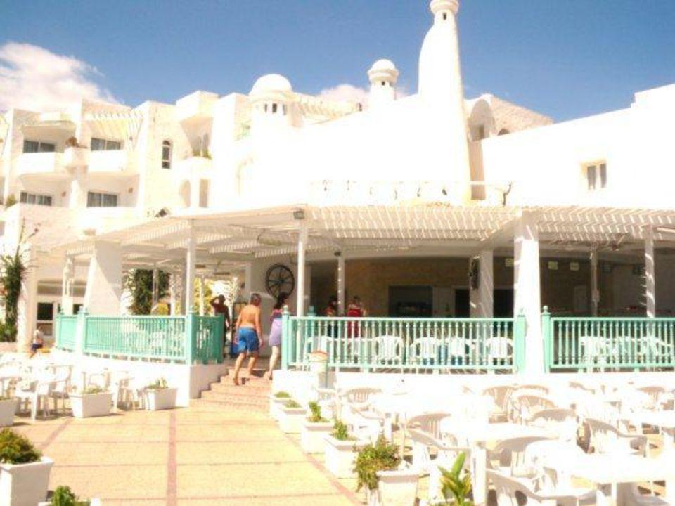 Terrasse Hotel El Mouradi Skanes Beach