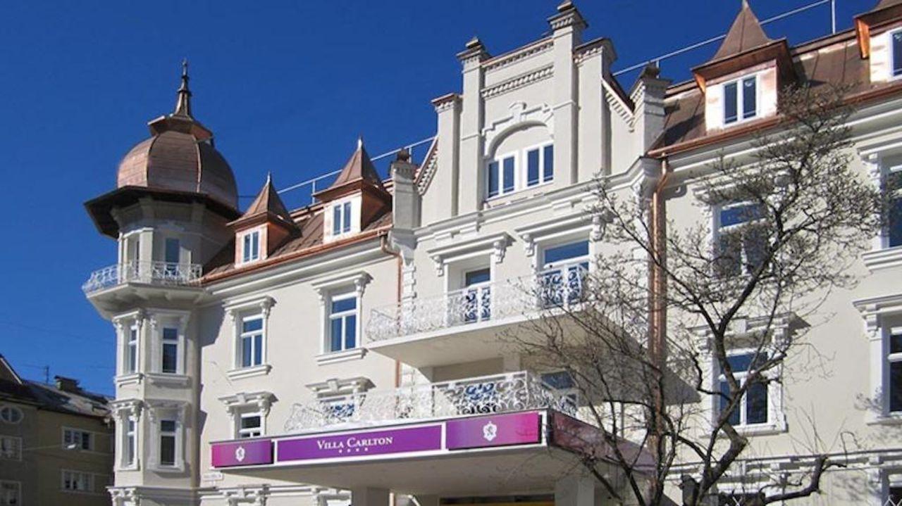 Fassade Hotel Villa Carlton