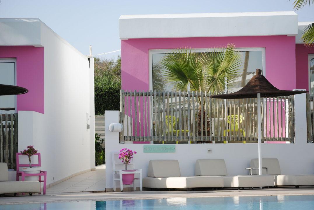 sch ne bungalows napa mermaid hotel suites agia napa. Black Bedroom Furniture Sets. Home Design Ideas