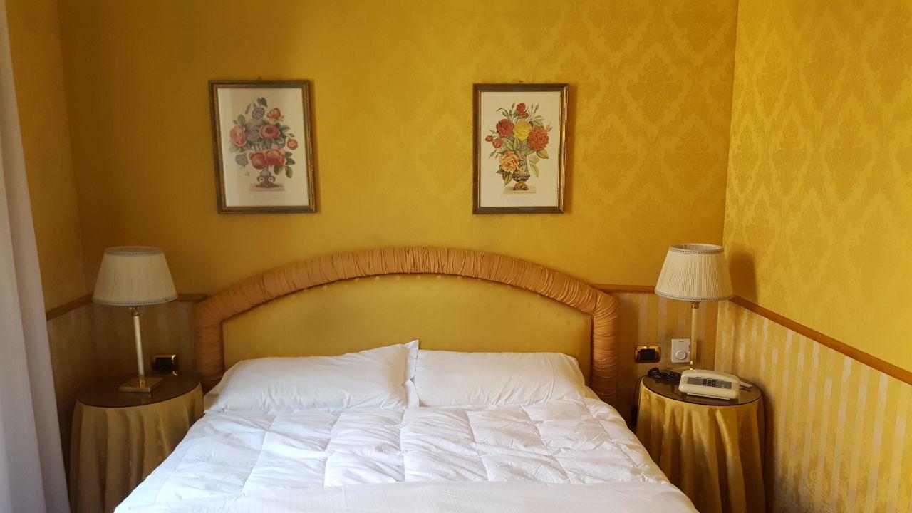 Standardzimmer Marcella Royal Hotel