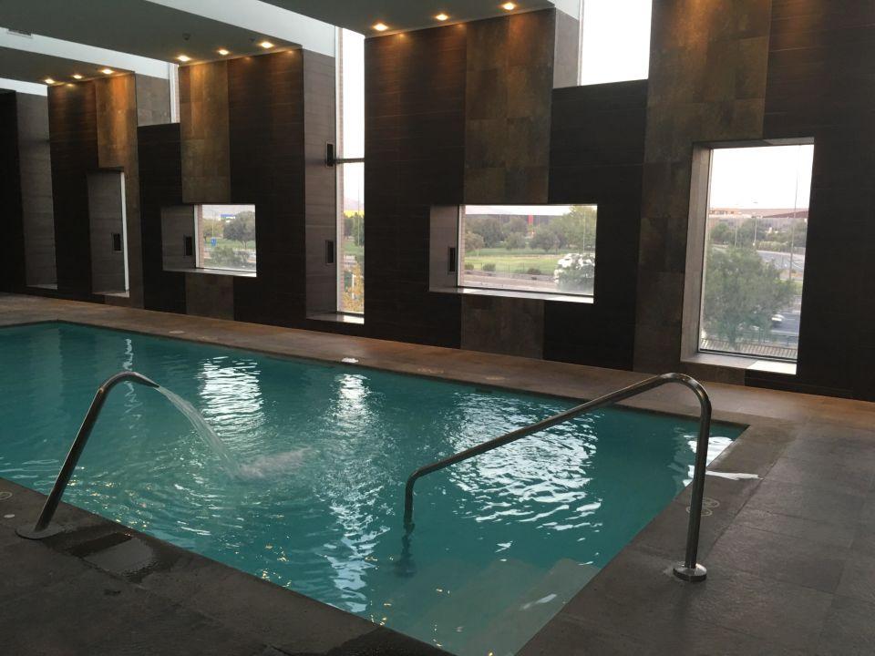 Pool Hotel Hilton Garden Inn - Santiago Airport