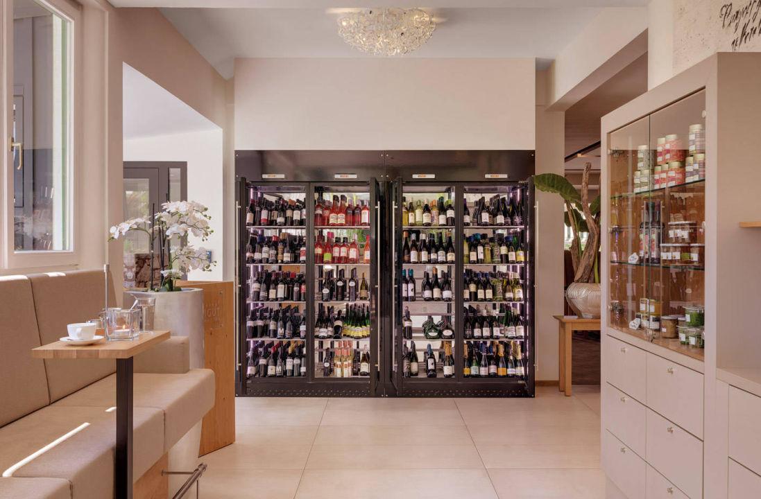 Weinklimaschrank im Restaurant\