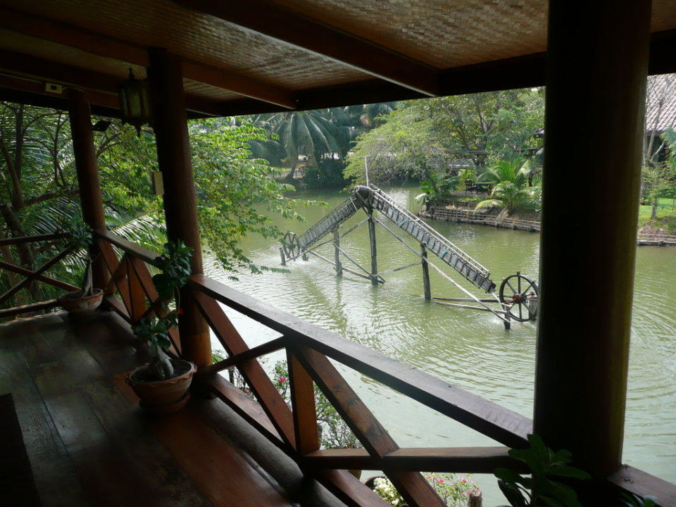 Veranda Baan Thai House