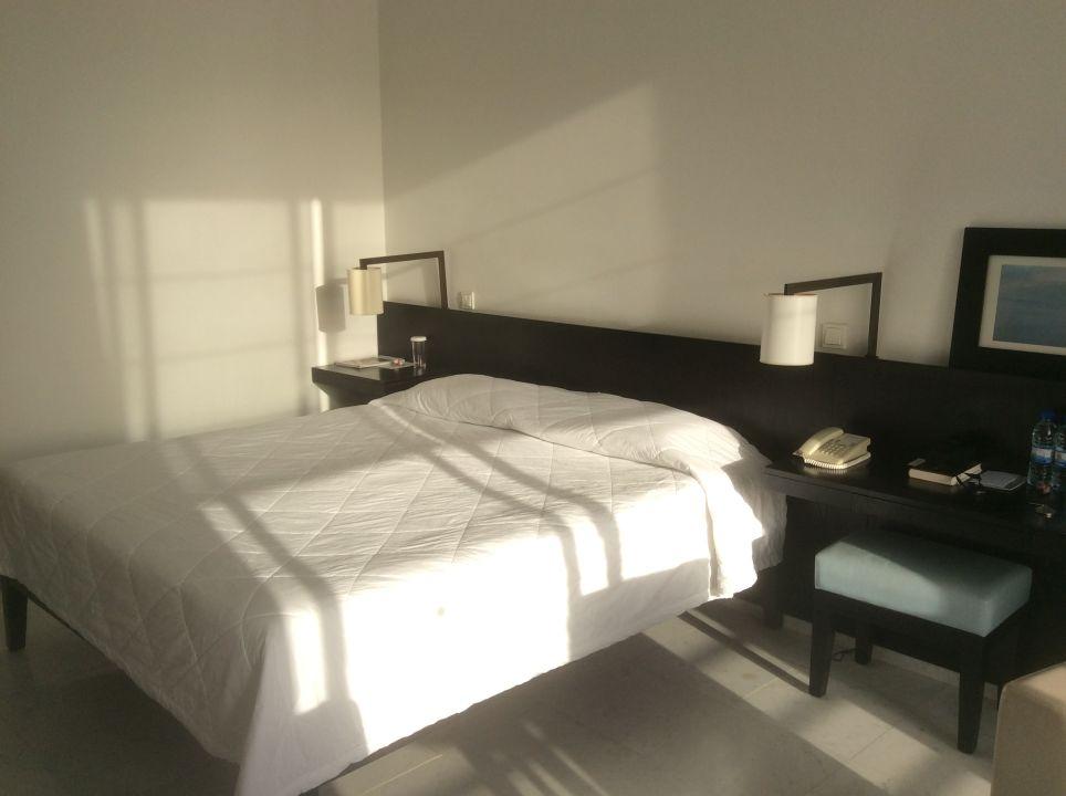 Zimmer Hotel Almyra