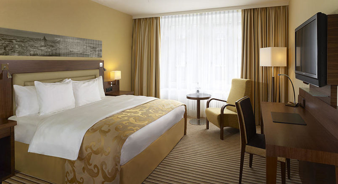 Superior Room Sheraton Neues Schloss Hotel Zürich