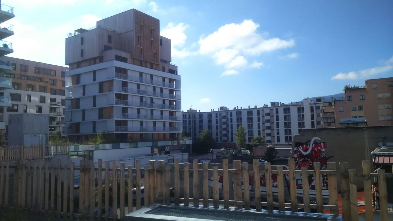 Außenansicht von der Terrasse Campanile Annemasse Centre - Gare