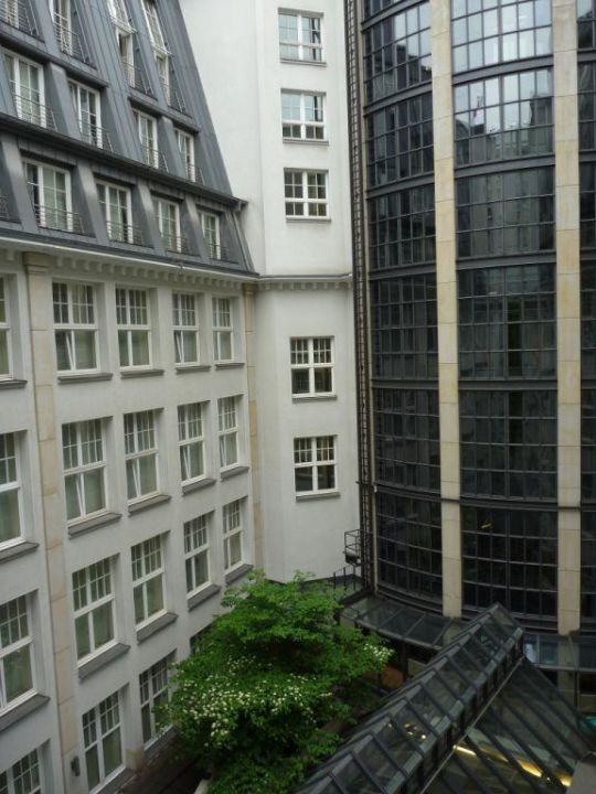 """Park Hyatt Hamburg, """"Park Queen"""" Zimmer Nr. 504 Park Hyatt Hamburg"""