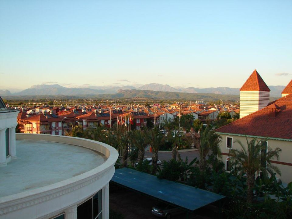 "Blick vom Hotel ins ""Landesinnere"" Trendy Aspendos Beach Hotel"