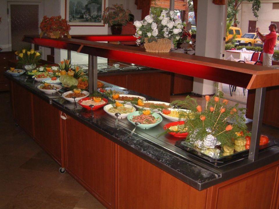 Teil des Buffets im Acar Hotel Acar Hotel