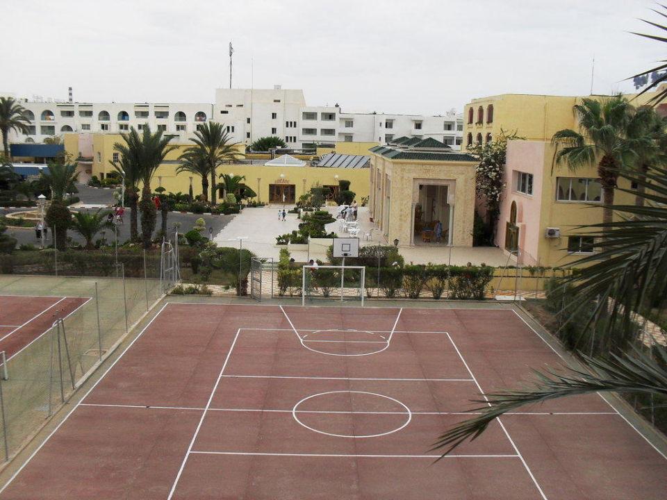 Basket et football Hotel Houda Golf & Beach Club