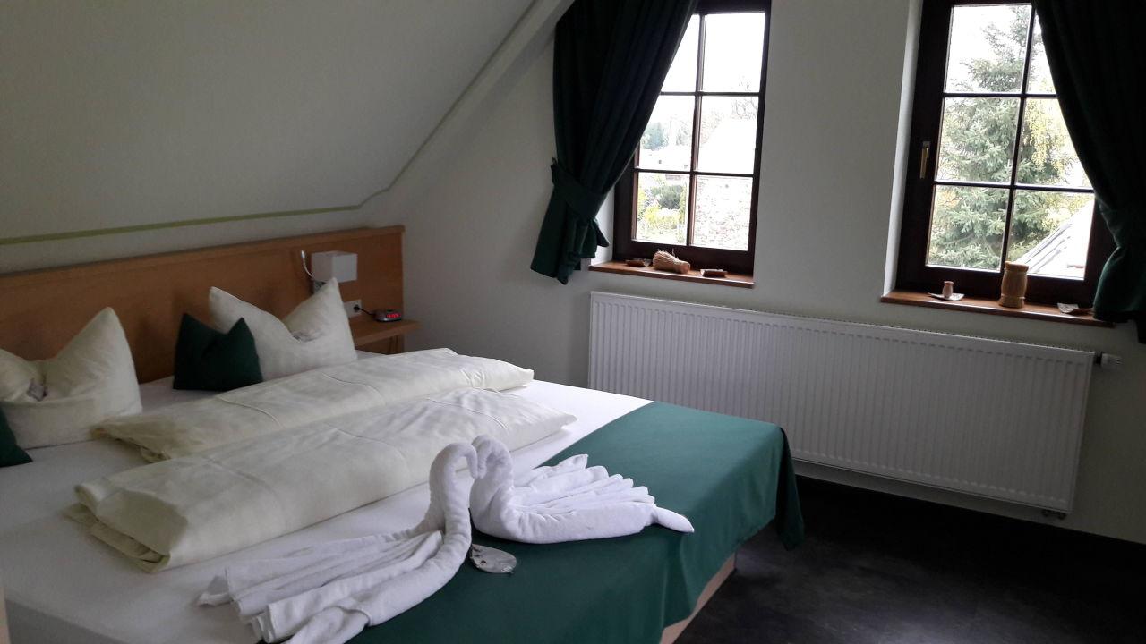 Wellnesssuite Schlafzimmer  Landhotel Waldblick