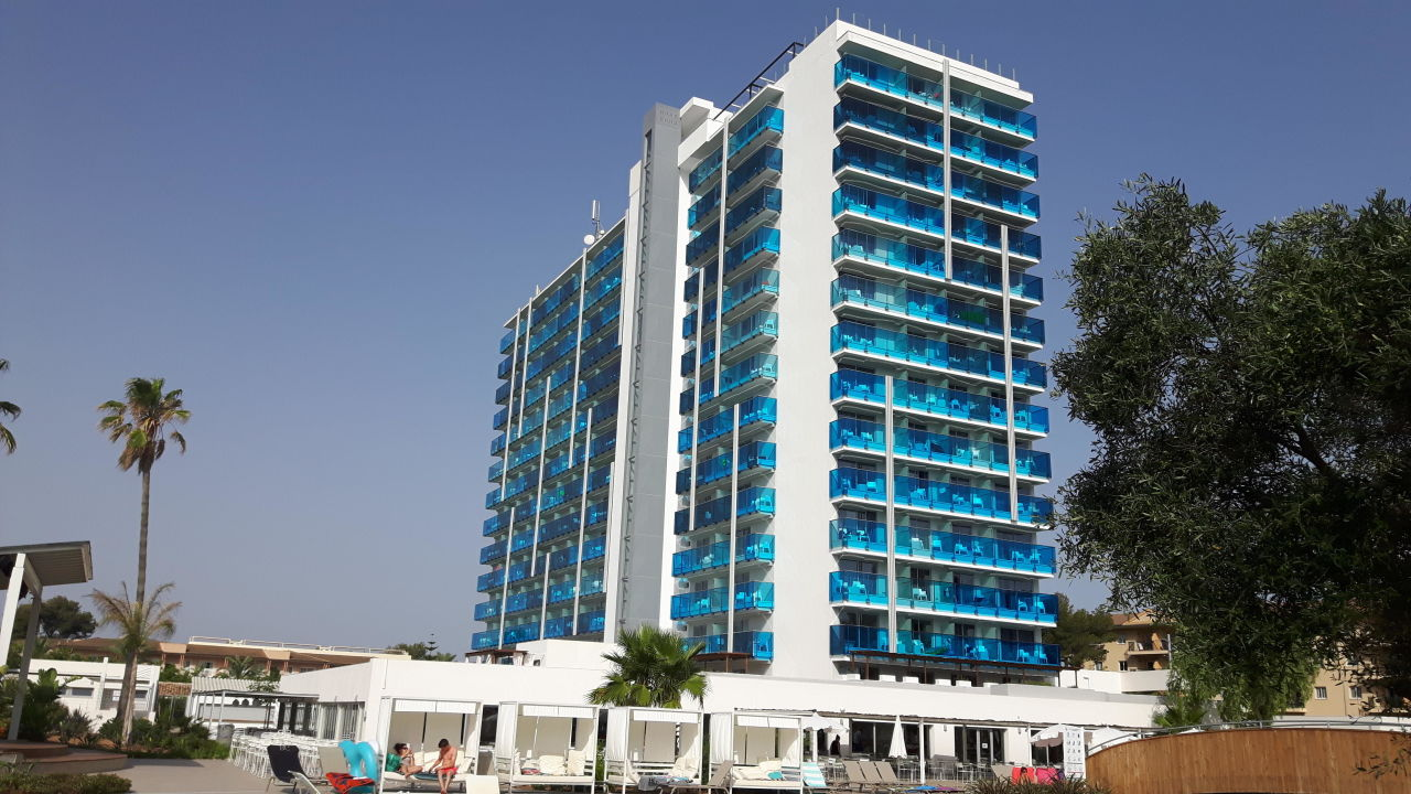 Au enansicht tonga tower design hotel suites for Designhotel 54