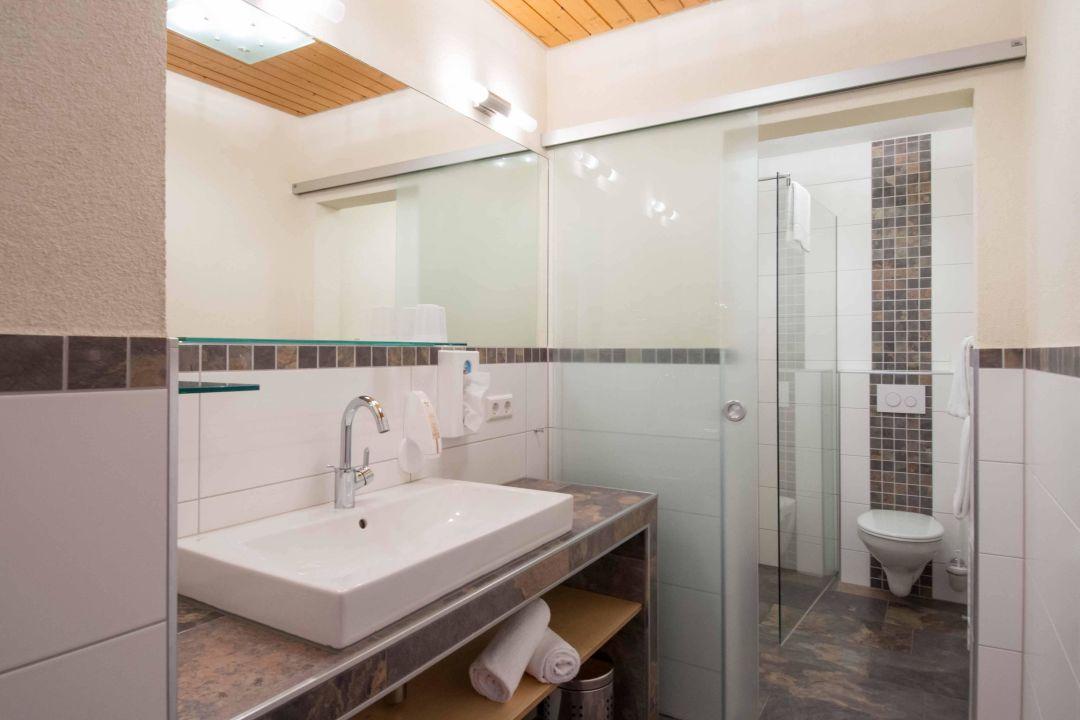 neue b der hotel sonnenhof sonnhalde hlingen. Black Bedroom Furniture Sets. Home Design Ideas