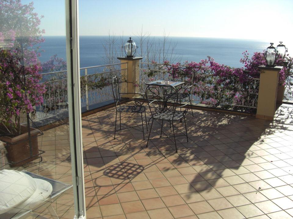 Наш балкон Hotel Pasitea
