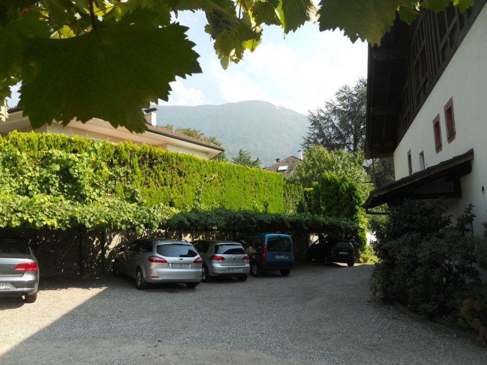 Parkplätze der Pension St. Urban Pension Sankt Urban