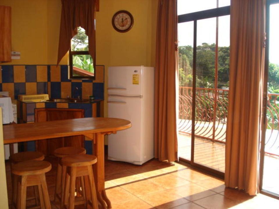 Cocina Hotel Natural Pacific Suites