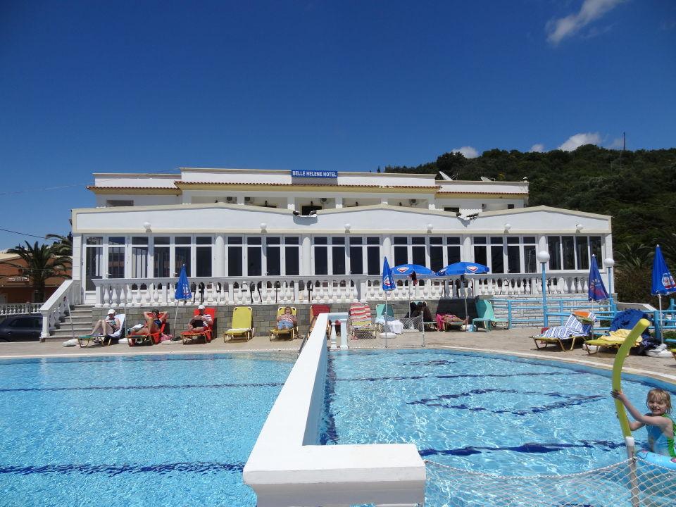 poolbereich hotel belle helene beach agios georgios pagi holidaycheck korfu griechenland. Black Bedroom Furniture Sets. Home Design Ideas