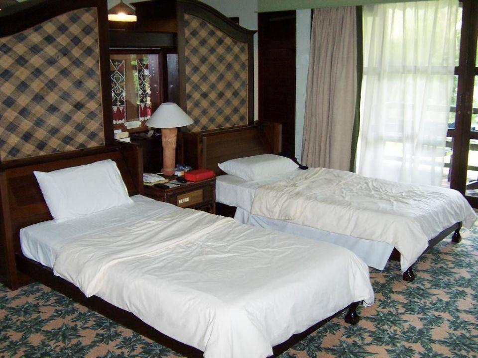 Chalet Innen (Bett / Raumteiler) Hotel Damai Puri Resort & Spa