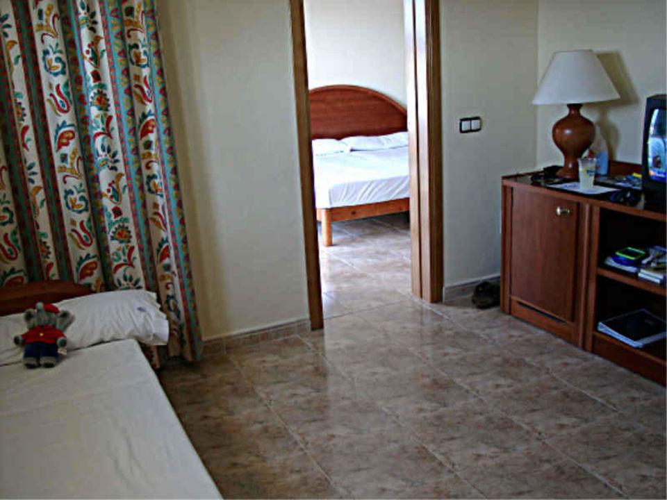 Sirenis Aura - 2. Zimmer/Kinderschlafraum Sirenis Hotel Club Aura