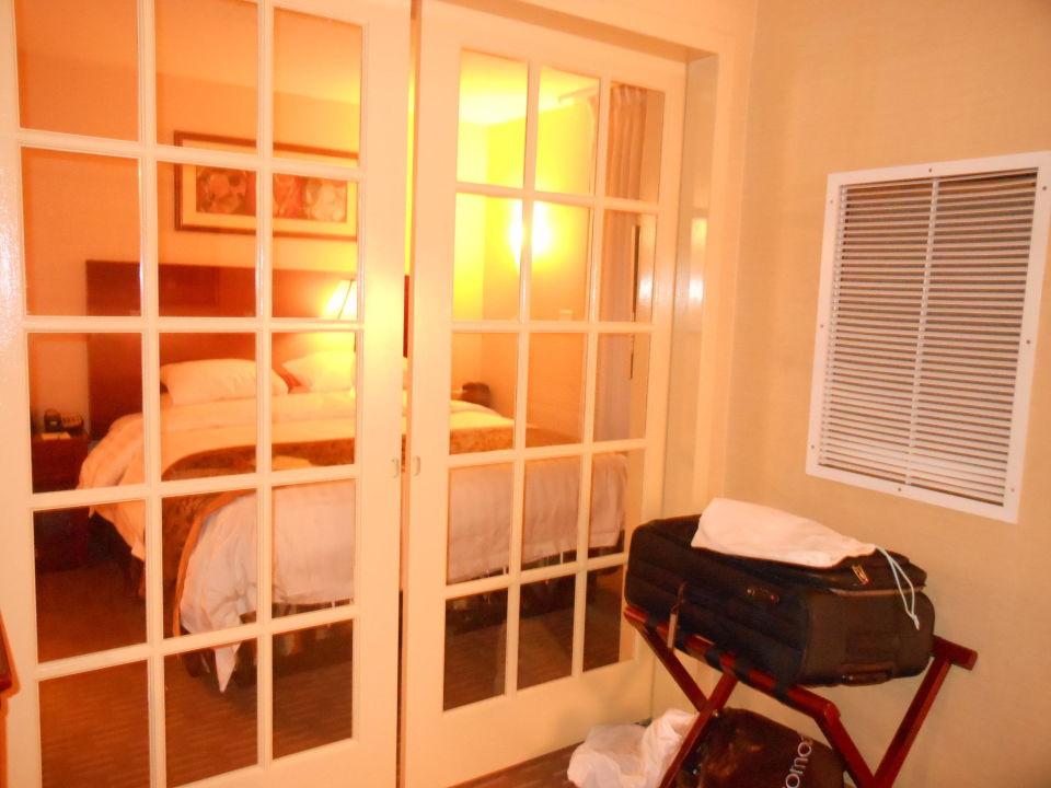 Zimmer 1803 Trennwand Hotel Wingate Inn Manhattan Midtown New