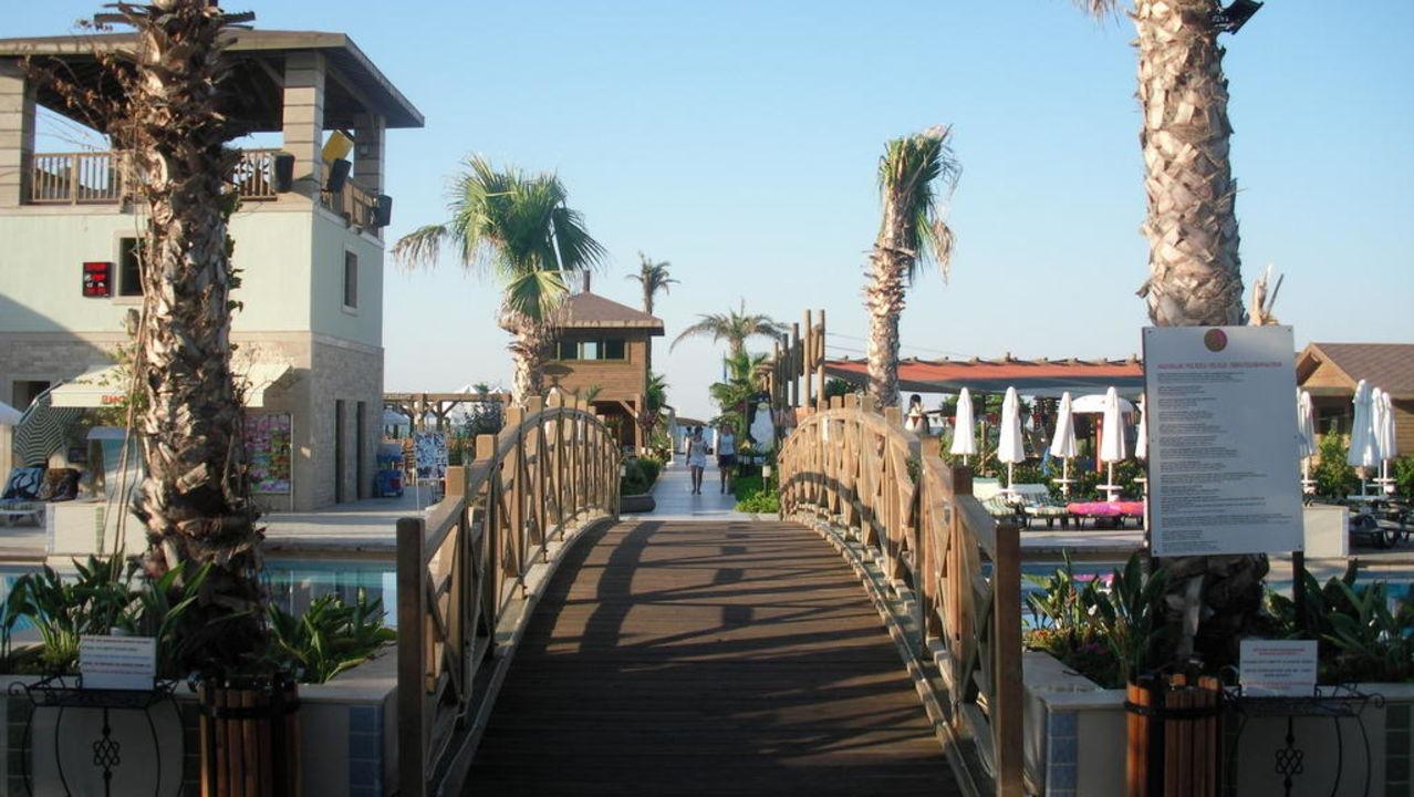 Brücke über den pool Mholiday Hotels Belek