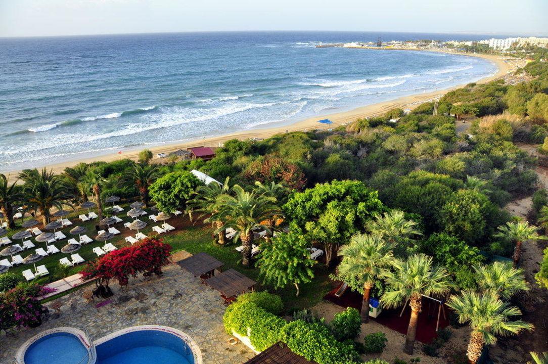 Weisser Sandstrand mit glasklarem Wasser Hotel Alion Beach