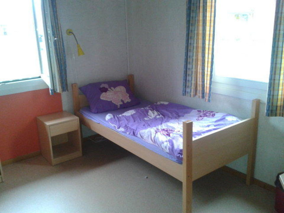 3 bett h tte heide park resort holiday camp soltau holidaycheck niedersachsen deutschland. Black Bedroom Furniture Sets. Home Design Ideas