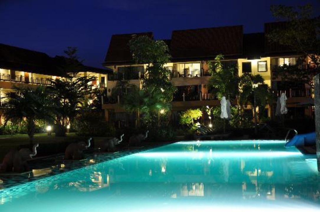 Live Musik beim Abendessen Khao Lak Emerald Beach Resort