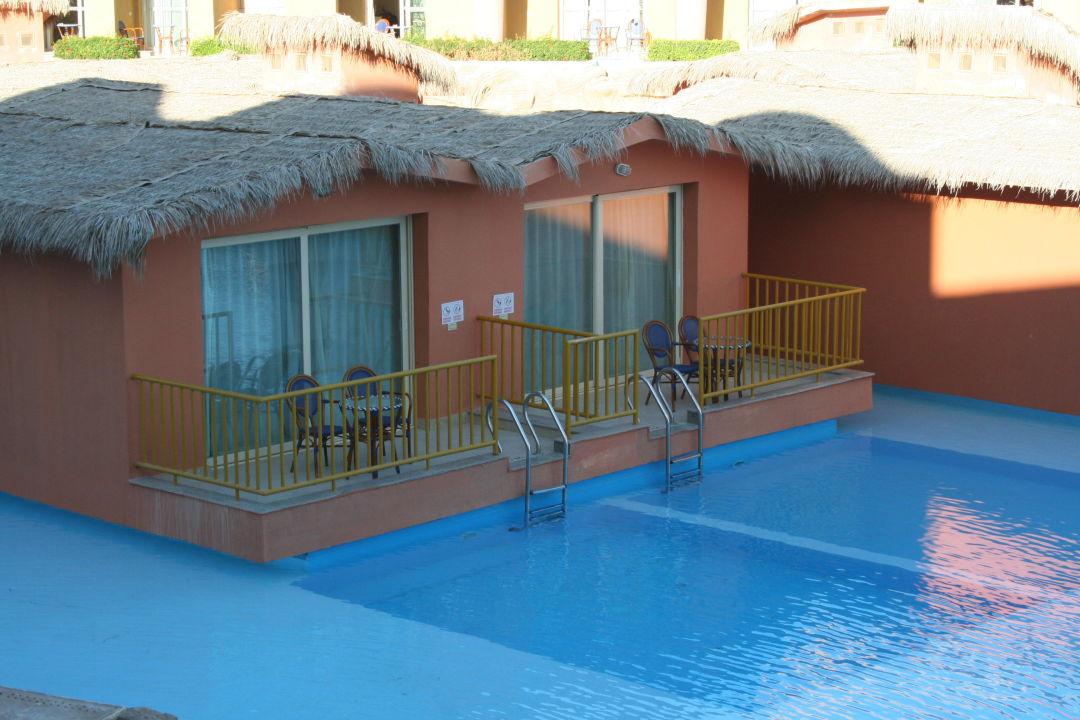 bungalow mit poolzugang hotel titanic palace hurghada holidaycheck hurghada safaga gypten. Black Bedroom Furniture Sets. Home Design Ideas
