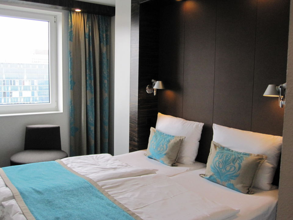 bett motel one hamburg alster hamburg holidaycheck. Black Bedroom Furniture Sets. Home Design Ideas