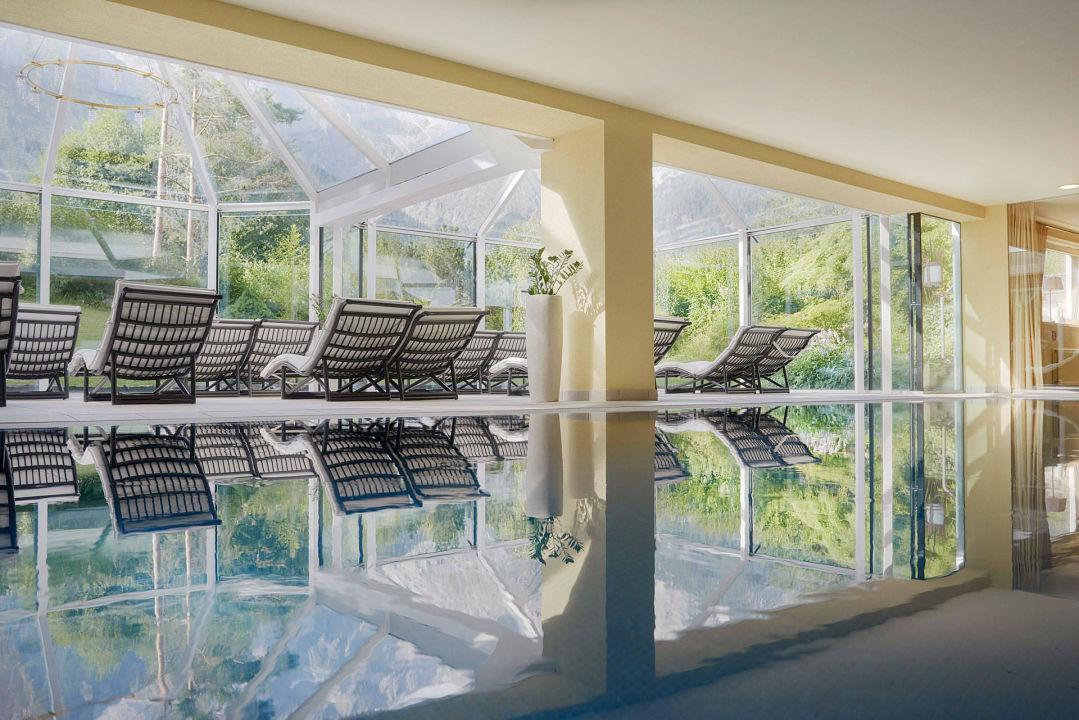 Pool mit wintergarten kaysers tirolresort mieming holidaycheck tirol sterreich - Wintergarten mit pool ...
