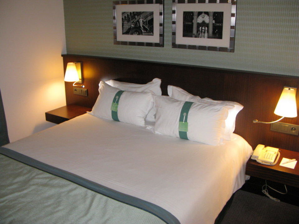 Schlafzimmer Hotel Holiday Inn Paris Gare de L'est