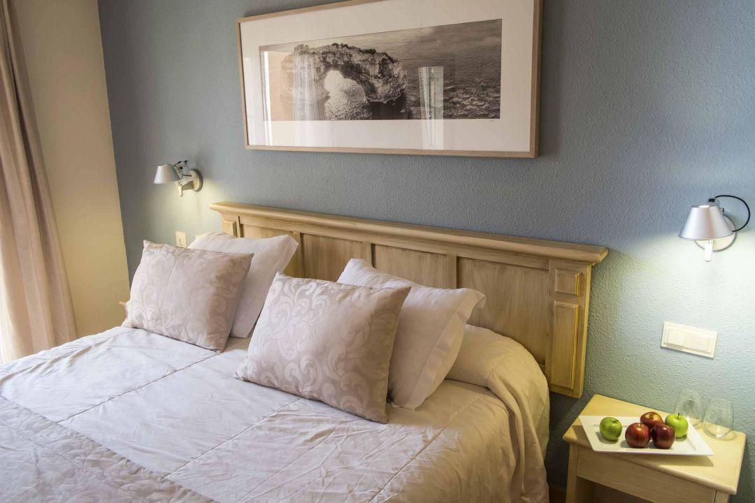 Quot Apartment Royal Terrace Bedroom Quot Hotel Viva Cala Mesquida