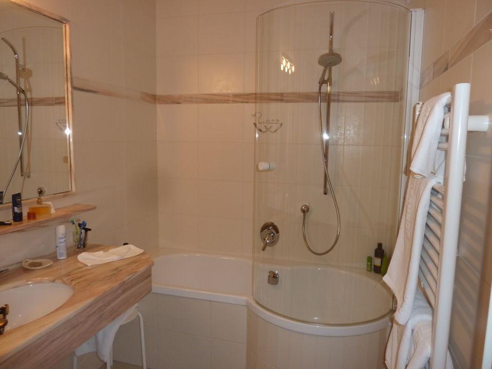 sch nes bad romantik hotel der wiesenhof pertisau holidaycheck tirol sterreich. Black Bedroom Furniture Sets. Home Design Ideas