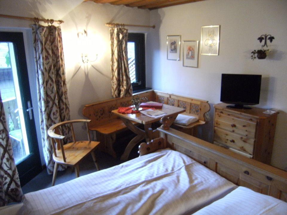 Zimmer Mit Sitzecke Balkon Seewirt Zauner Hallstatt