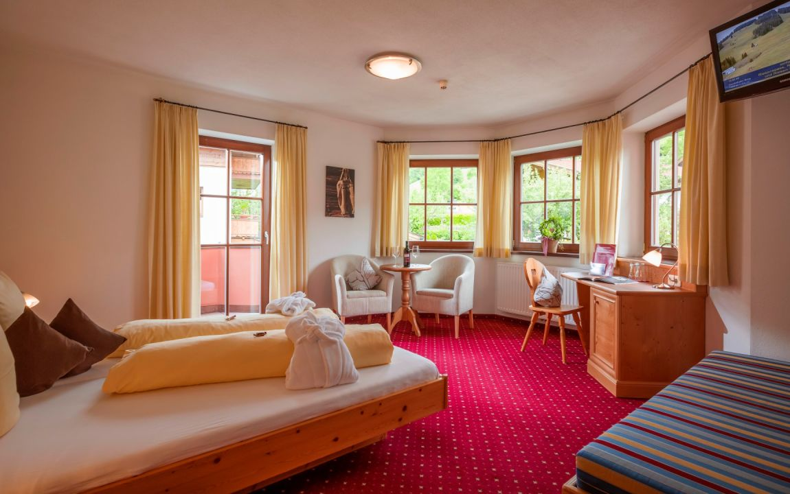 Quot Zimmer Quot Hotel Reitlwirt Brixen Im Thale Holidaycheck