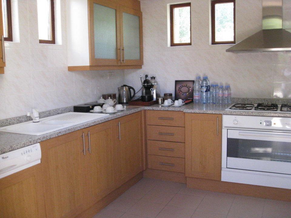 Küche der Emirates Suite Al Maha Desert Resort & Spa