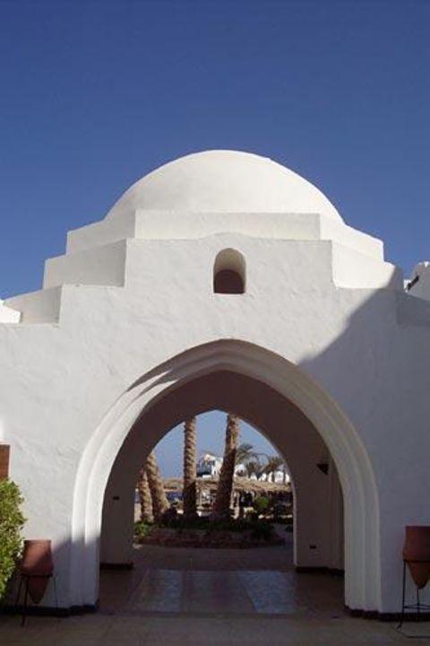 Ein Durchgang des Iberotel Arabella Arabella Azur Resort