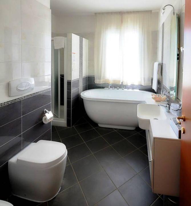 Bagno family suite hotel varo village marina di bibbona holidaycheck toskana italien - Bagno holiday village ...